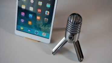 To Blog or to Podcast-That Is the Question-microphone and iPad on the desk